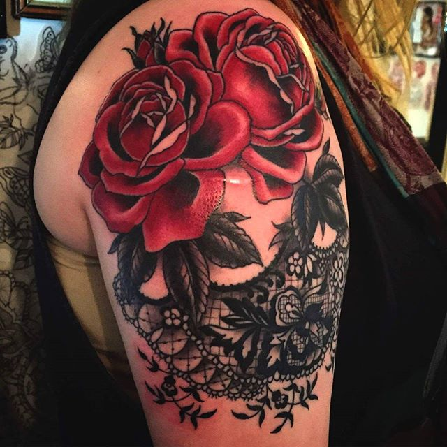 Rose and lacework by the lovely @t.brookstattoos
