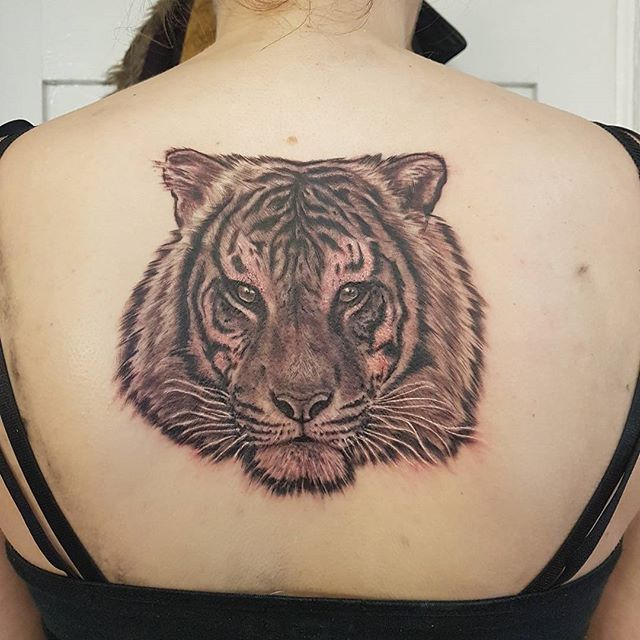Tigers head by @joshhingston11    #girlswithtattoos.