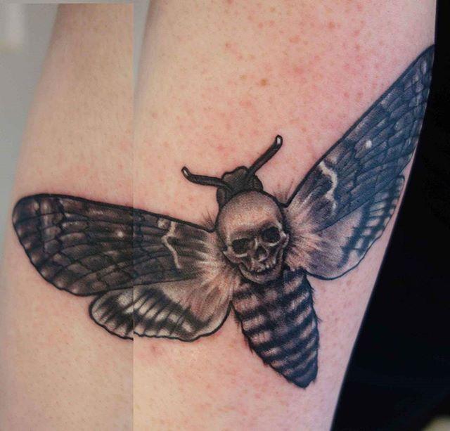 Death head by @joshhingston11 #tattooflash #tattoosofinstagram #tattooer