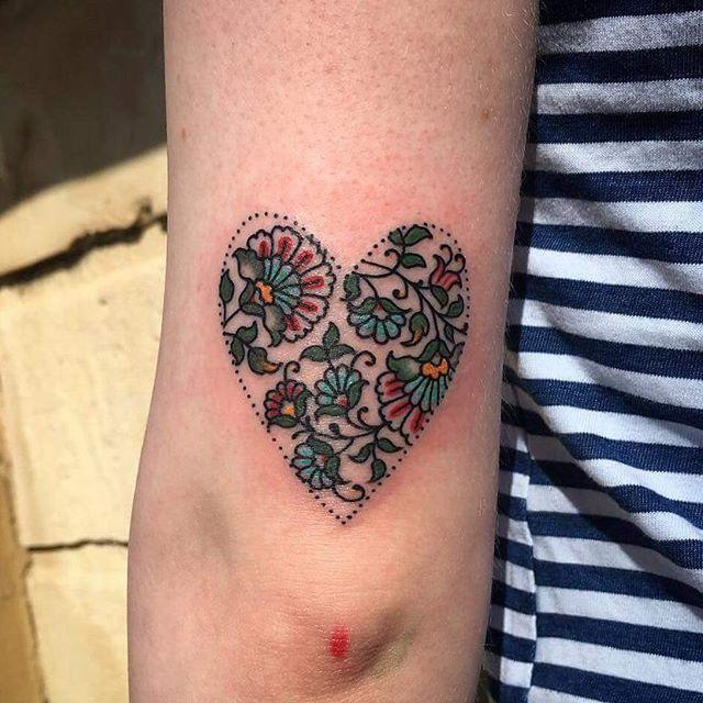 Heart pattern by Tasha.