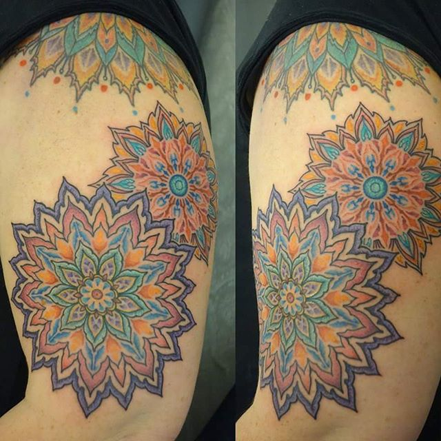 Custom colour mandala by @joshhingston11