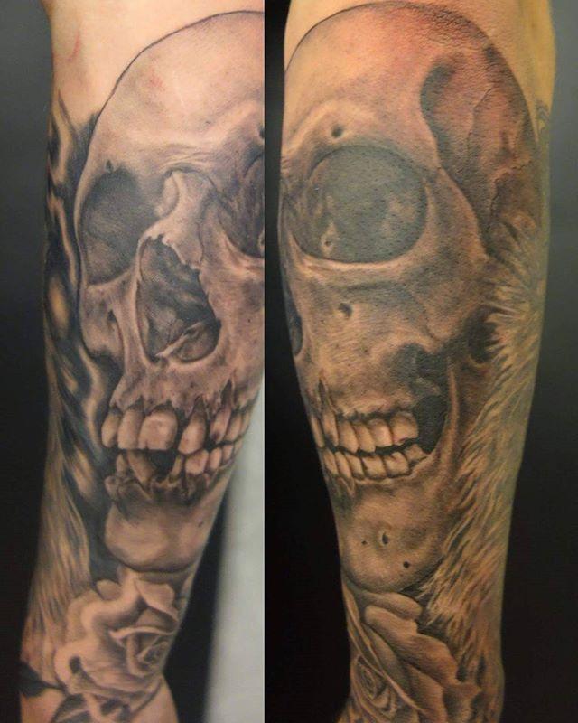Skullz by @joshhingston11. #tattoosleeve #tattooer #westonsupermare #boldwillhold #coverup #blackandgreytattoo