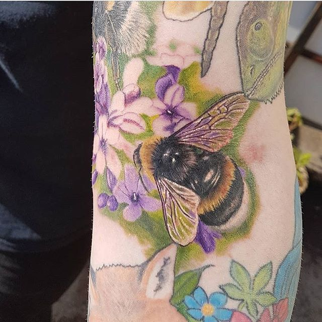 Bumblebees as part of an ongoing sleeve by josh H @joshhingston11